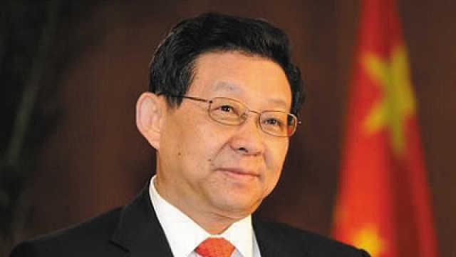 陈德铭:全球治理中国不要自居老二