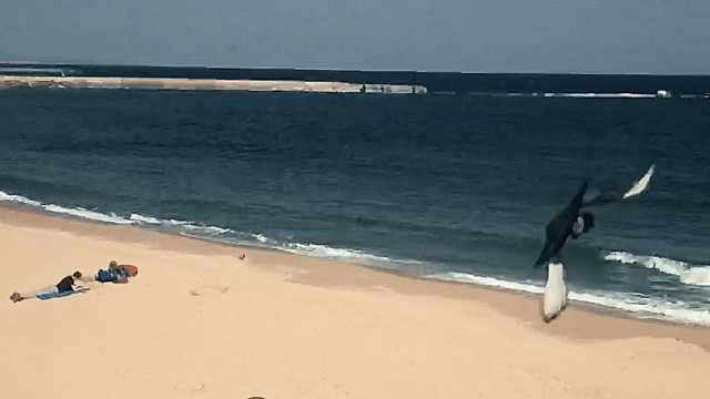 51秒,感受西班牙海滩独特的风情