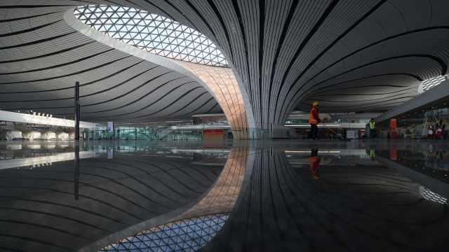 科技感十足!探访北京大兴国际机场