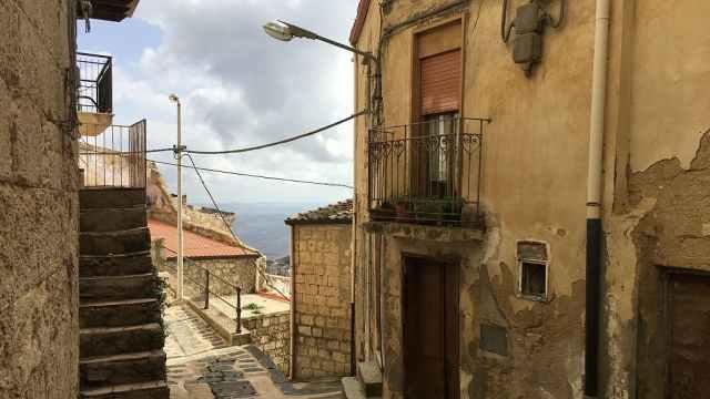 一套1欧元!西西里小镇甩卖500套房