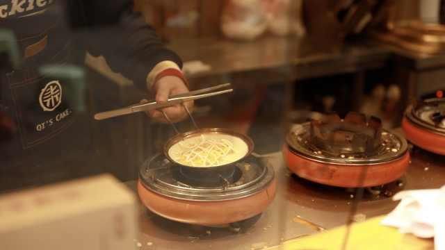 成都蛋烘糕在武汉,一句方言变亲近