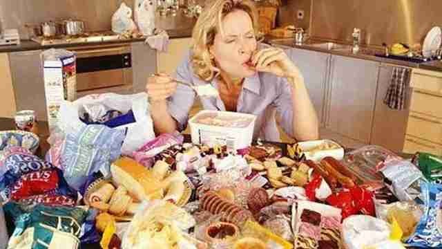 新研究:癌症与不良饮食密切相关
