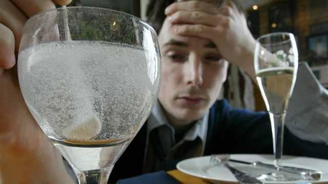 世卫组织:酗酒每年致330万人死亡