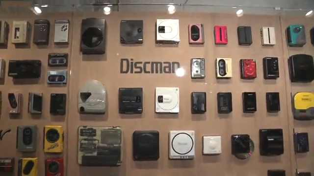 Walkman诞生40周年,索尼展出230台