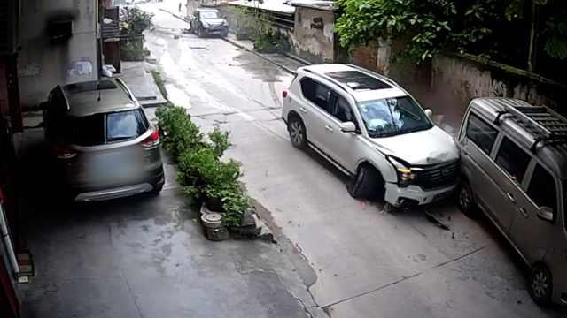 男子追尾后逃逸,冲上路基再撞6车