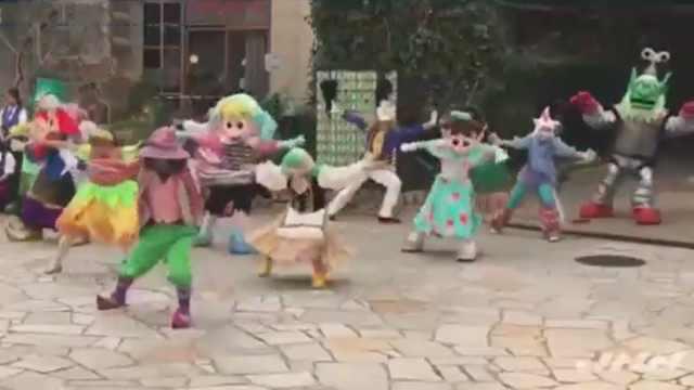 29℃穿人偶服表演,游乐园员工猝死