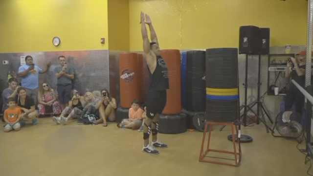 垂直弹跳1米62!美国小伙破世界纪录