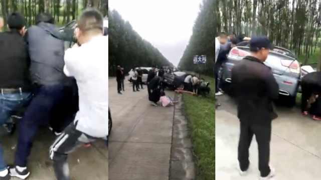 悲!女子撞车身亡,3孩子路边喊妈妈