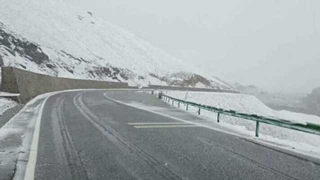 一秒由夏入冬!新疆8月突降飞雪