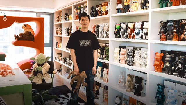 他家豪宅里堆满玩具,比房子还贵