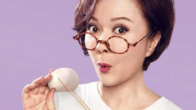 蔡明演绎《雪人奇缘》厨艺满格奶奶