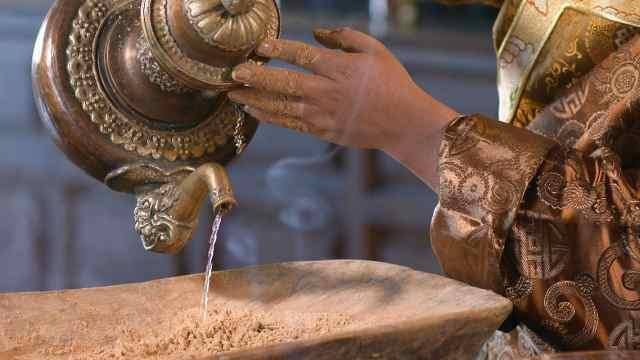 神圣的藏香是如何炼制的?