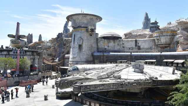 迪士尼公园主席:排队10小时是失败