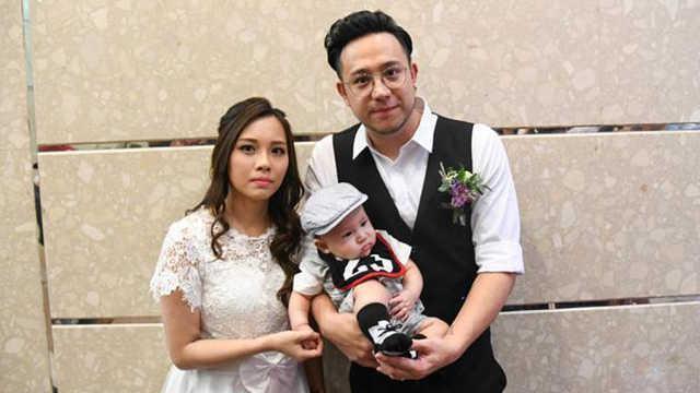 张致恒抱儿子结婚