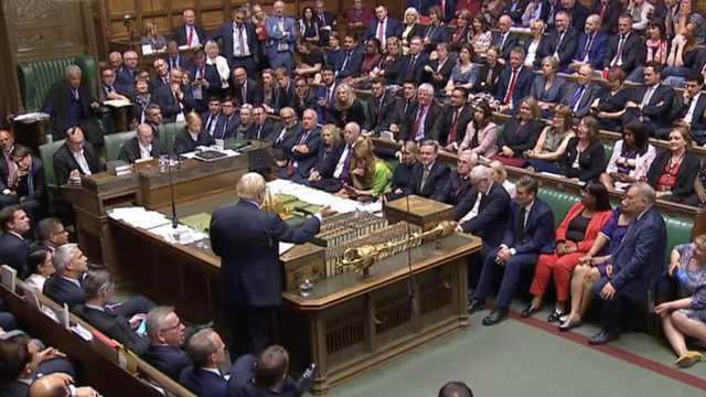首相被自家人背叛?脱欧日程再成谜