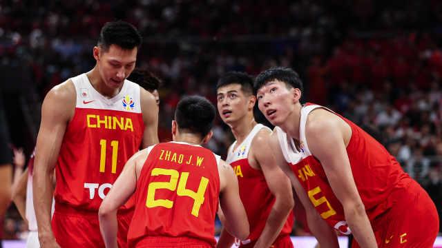 中国队小组赛出局,球迷喊李楠下课