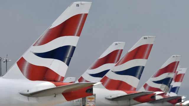 飞行员罢工!英航1700多次航班取消