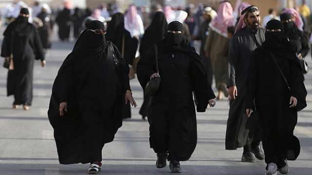 沙特阿拉伯放寬對女性游客著裝要求