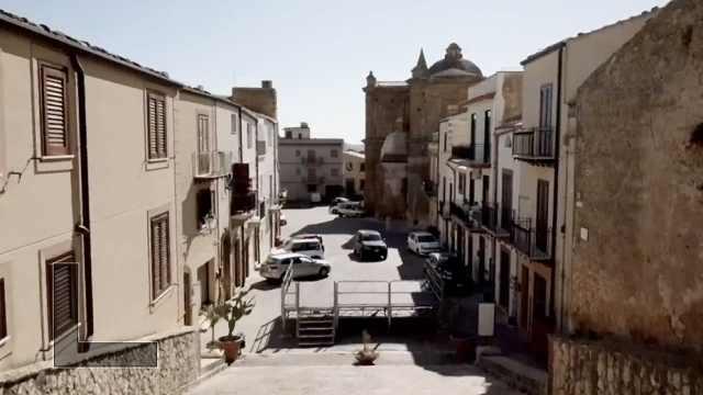 BBC纪录片:意大利小镇1欧元卖房后