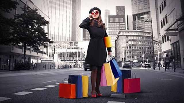 想买奢侈品又担心钱包怎么办?