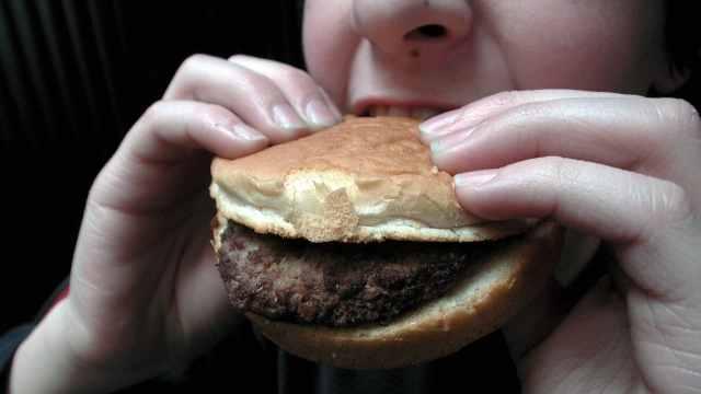 研究:周圍胖子越多,變肥幾率會增加
