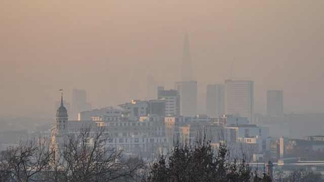 研究:空气污染严重令大脑衰老10年