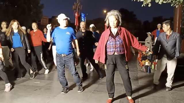 81岁老太爱跳曳步舞:毛病都自愈了