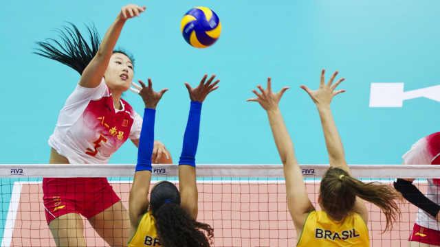 中国女排1-3不敌巴西,连续3届摘银