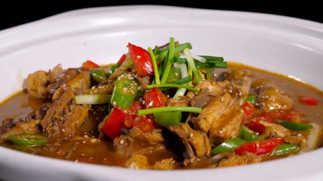 姜太公拾财鸡,肉质鲜嫩汤汁浓郁