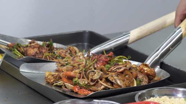 每桌必点海鲜汇,海鲜蔬菜一锅齐