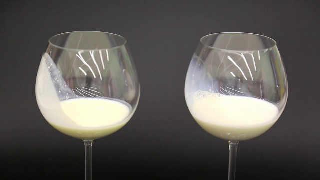 自制白脱牛奶