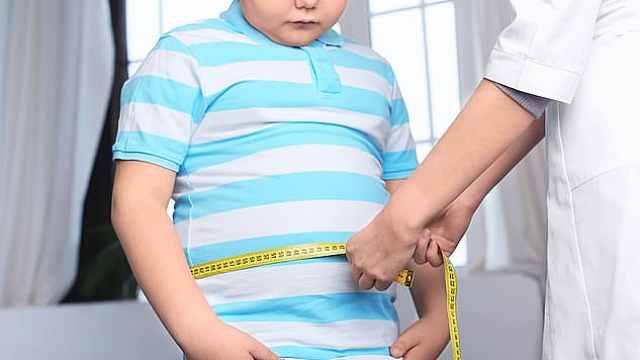 研究: 家里唯一的孩子更容易肥胖