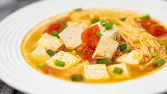 冬日必备 | 最好喝的番茄豆腐汤!