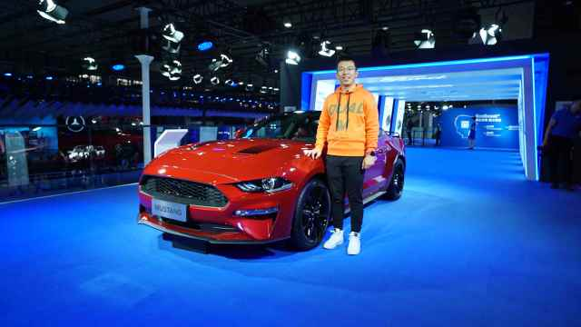 实拍福特Mustang黑曜魅影特别版