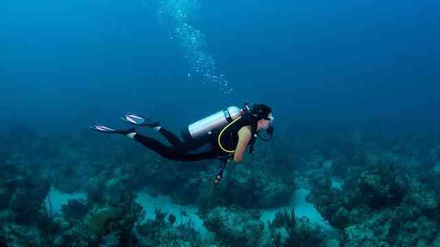 他们号称深海猎人