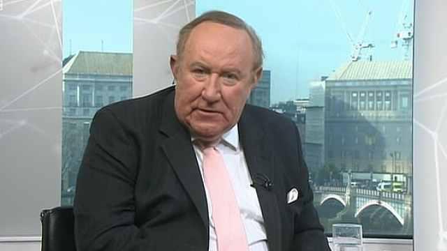 BBC被英国首相放鸽子,主持人狂喷