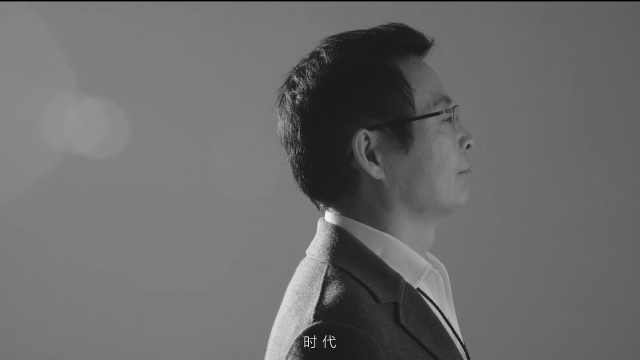 时尚先生封面视频   告白者:麦家