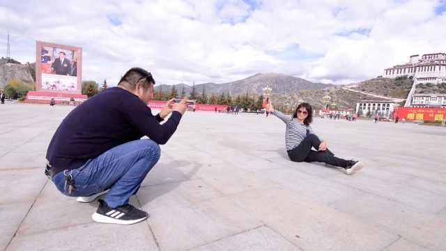 的哥开出租车三进西藏:带妻子旅行