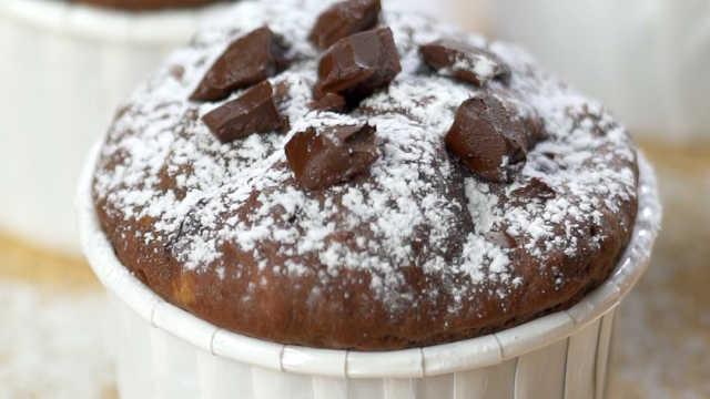 微波爐巧克力蛋糕,一口收服熊孩子