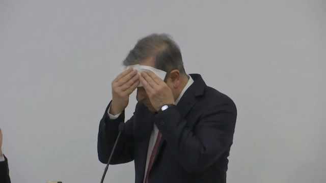 东京电视台记者英文引发网友吐槽