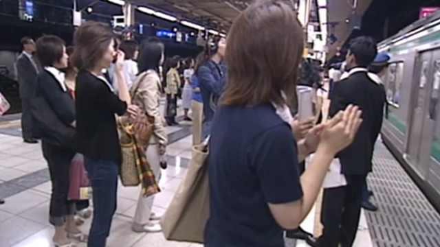 日本女性不满专用车厢:麻烦不断