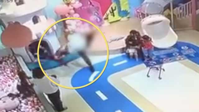 警方通报男子甩伤男童:拘留10日