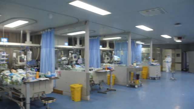 武汉卫健委:征用24家医院万张床位