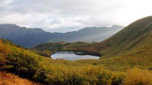 云南听命湖之谜说话声就能呼风唤雨