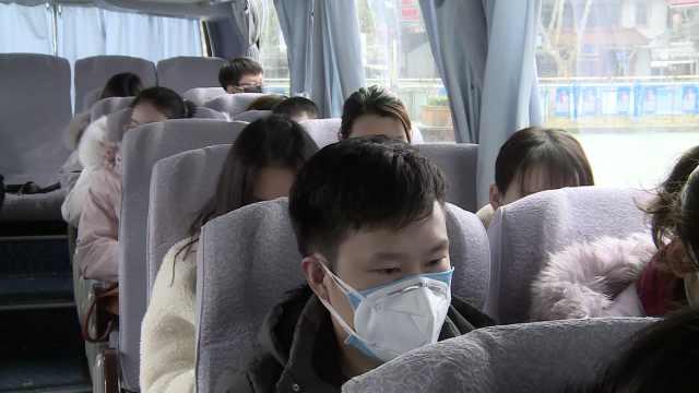 64名医护弃休假返汉:我们不上谁上