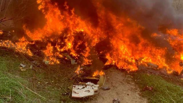 科比飞机坠毁现场曝光,燃巨大火球