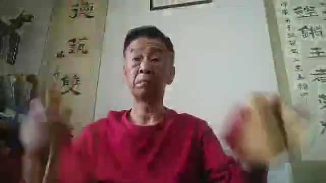 """大连市民自编自唱""""抗击疫情""""快板"""