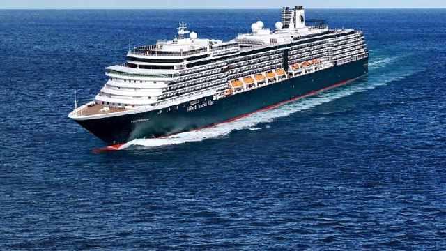 邮轮被多国拒绝,在海上漂泊近2周