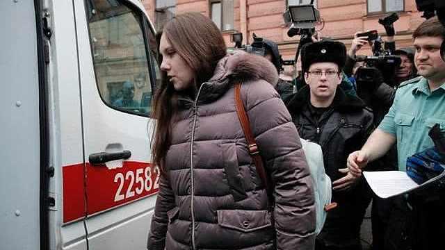 俄女子隔离期间出逃,法院勒令返回