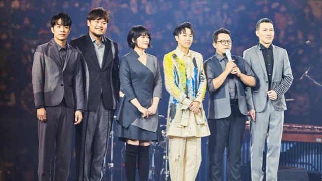 吴青峰怼粉丝:把我和苏打绿分开